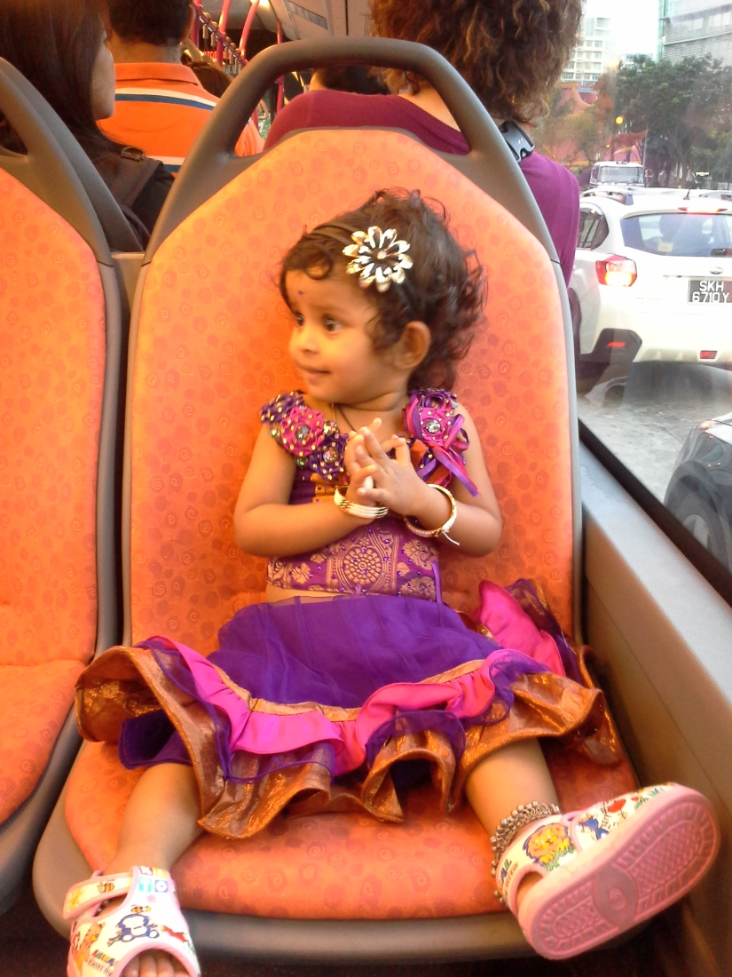 first bus ride in singapore ;)
